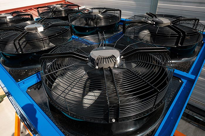 EC Fans on ENGIE QUANTUM Air-cooled chiller